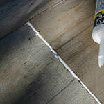 how to prevent roaches with caulk